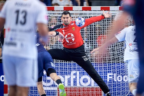 Vardar vs PSG in the EHF FINAL4 2017